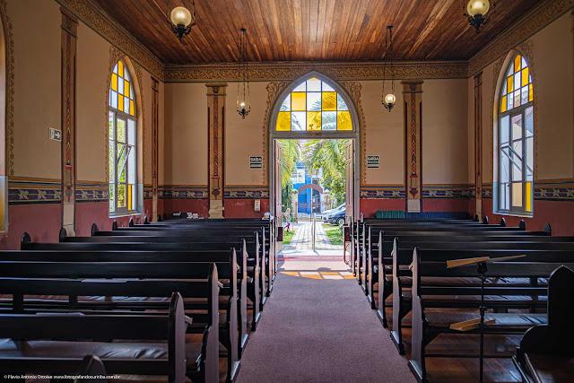 O interior da Christuskirche (Igreja de Cristo)