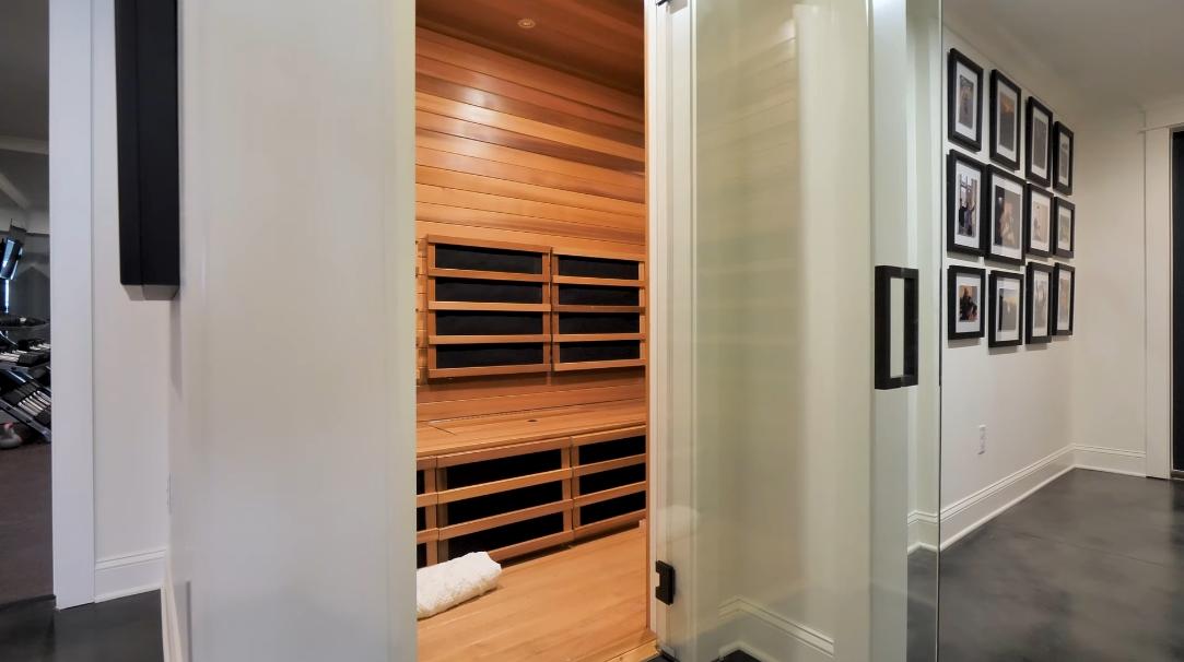71 Photos vs. 5217 Lake Forrest Dr, Sandy Springs, GA Interior Design Luxury Mansion Tour