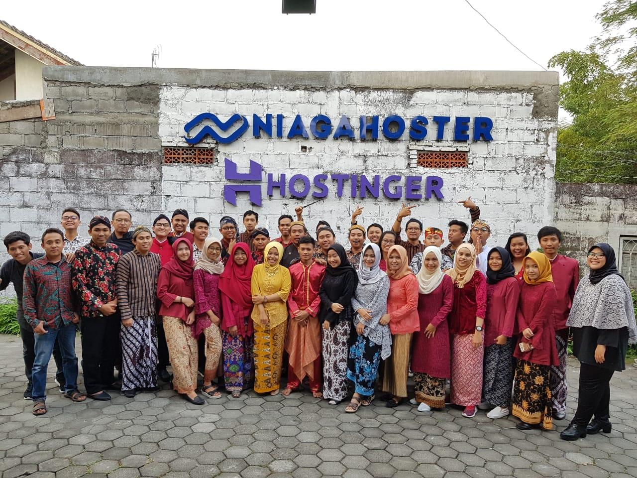 Lowongan Kerja Full Remote Customer Success (English Speaker) (Niagahoster)