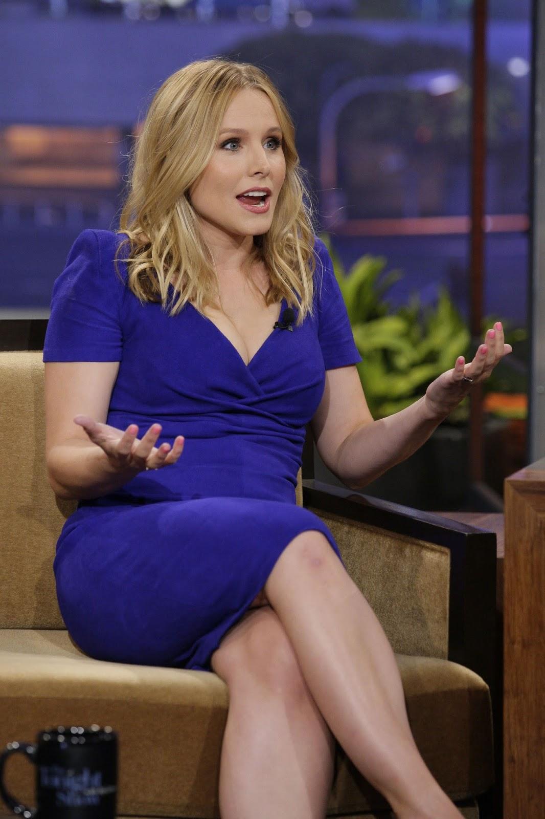 Gossip Girl Wallpapers Hd Kristen Bell Is Looking In Blue Hot Pics High Resolution