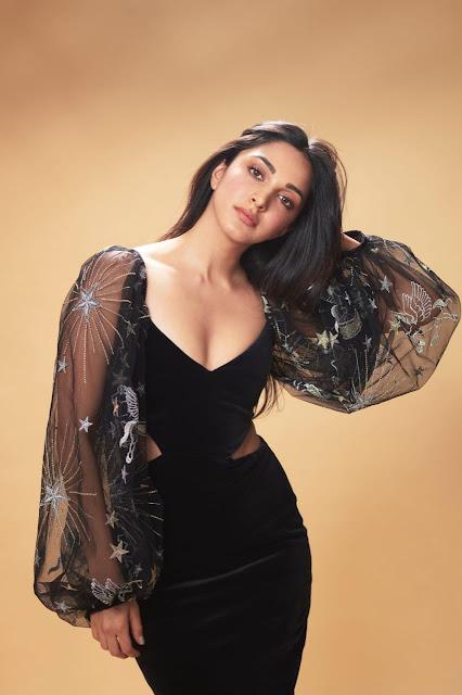 Seductive bollywood sexy babes photoshoot Kiara advani stills by Dabboo Ratnani