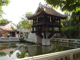 Singola colonna Pagoda Hanoi