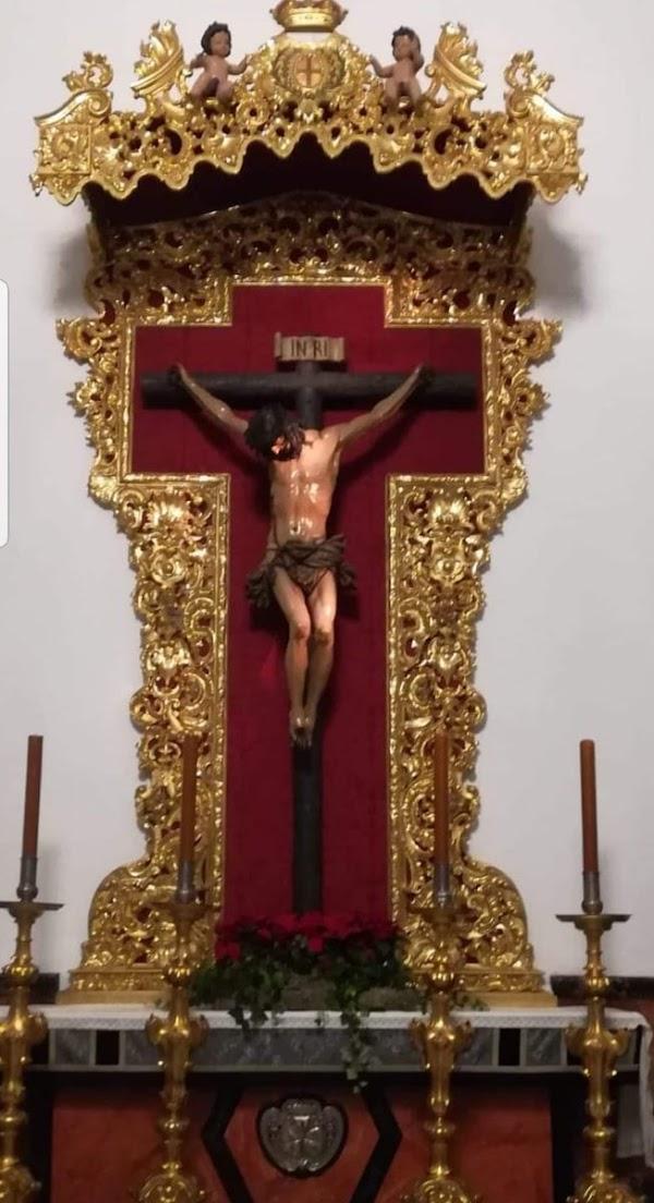 La Hdad de la Buena Muerte de Cádiz recupera un retablo/altar de talla sobre dorada