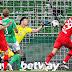 Bayer Leverkusen goleia Werder Bremen e se mantém na caça dos líderes