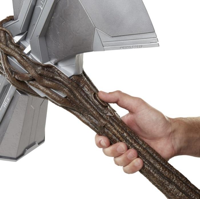 Hasbro Avengers Endgame Thor Stormbreaker Light Thunder Sound Effects