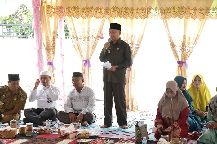 Bupati Asahan Beserta Tim TP. PKK Hadiri Pengajian Akbar Kecamatan Bp. Mandoge Kabupaten Asahan