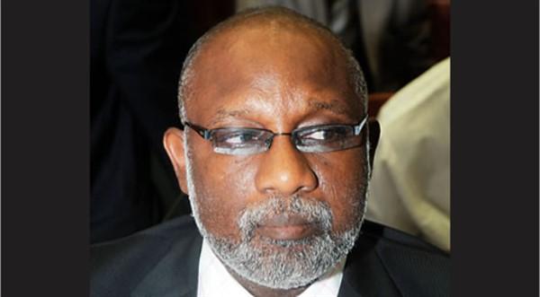 Ekiti Guber: Fayose warns Akeredolu, Reveals APC Ploy to Kill and Implicate Him  (Video)