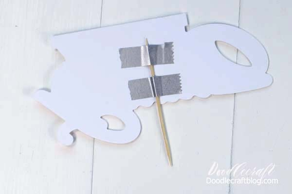 Make this cute cake topper with the Cricut Maker in just a couple minutes for the perfect party set up!