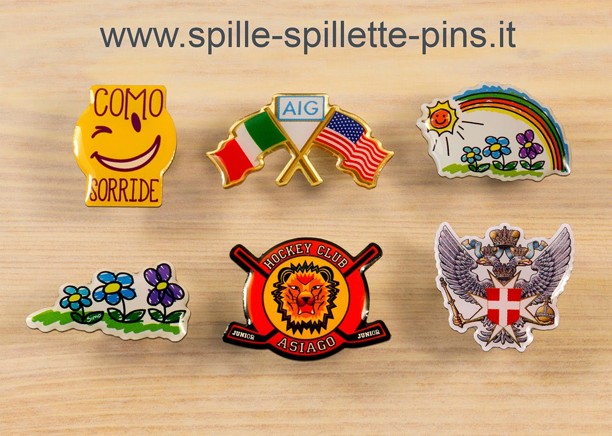 pins personalizzate, in acciaio sagomato, con stampa in quadricromia