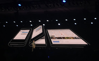 Samsung's dual-screen folding phone is very strange and probably doomed