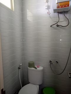 Fasilitas kamar mandi air hangat