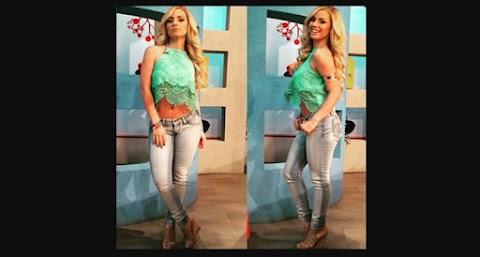 Natalia Rivera en conjunto de blusa y mahon