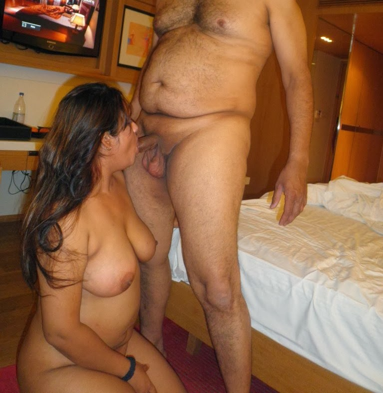 naked kerala aunty sucking cock