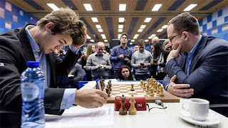 Tata Steel Chess R12: Pavel Eljanov (2755) 0-1 Magnus Carlsen (2840) - Photo © site officiel