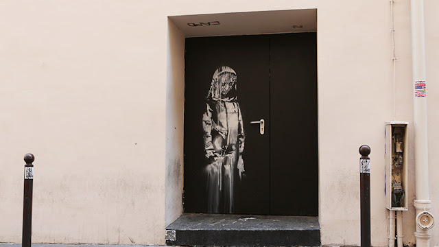 Roban una obra de Banksy dedicada a las víctimas de atentados en París