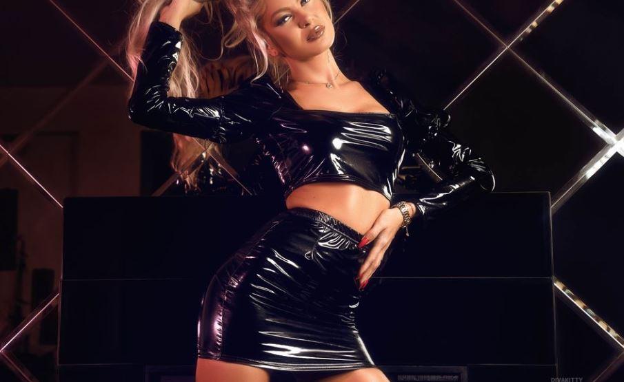 DivaKitty Model GlamourCams