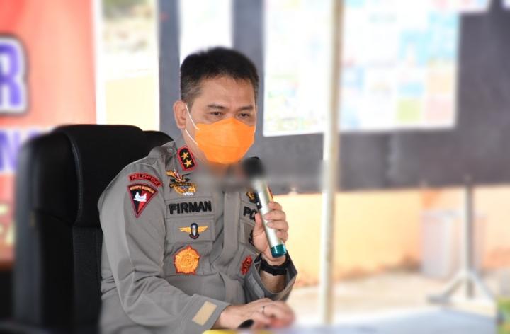 Kembali Kapolda Jambi Berikan Breifing Untuk Tim Satgas Gugus Tugas Penanganan Covid-19 Di Provinsi Jambi