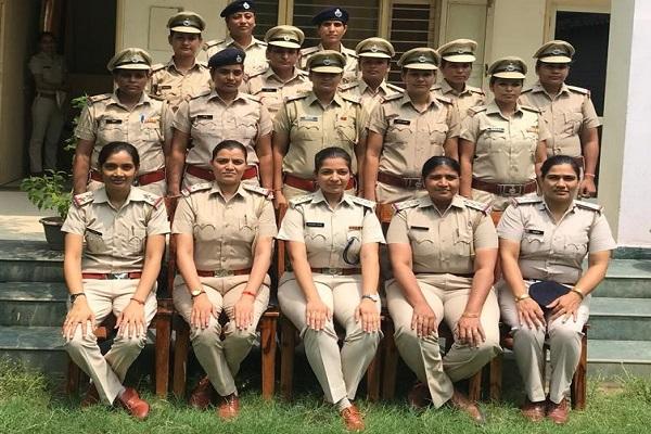 faridabad-poilce-15-women-police-become-inspector-acp-dharna-yadav