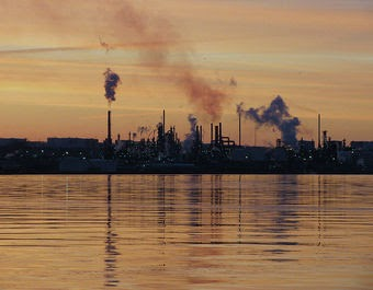 Picture of refinery at dawn (Credit: Greg Euloth) Click to enlarge.