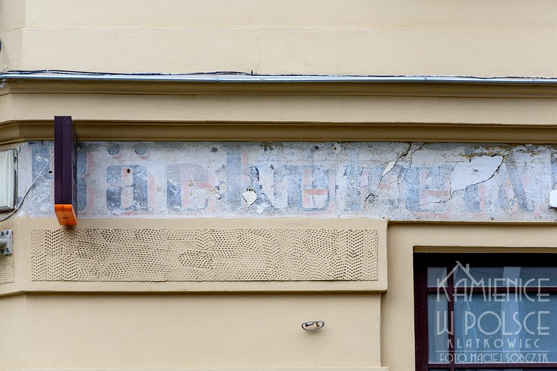 Toruń. Renowacja przedwojennej reklamy. Piekarnia.