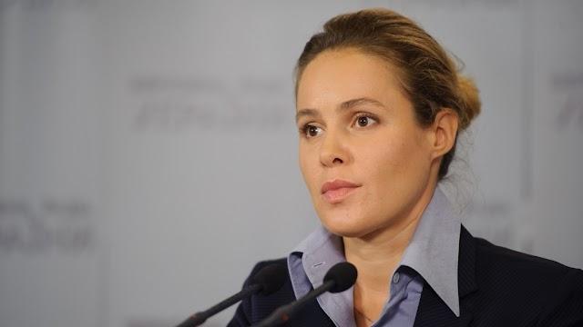 Наталія Королевська: Необхідно скасувати пенсійну реформу, а не мовчки спостерігати за тим, як зростає пенсійний вік