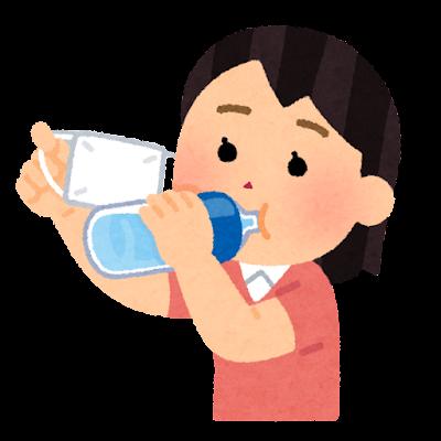 マスクをめくって水分補給をする人のイラスト(女性)