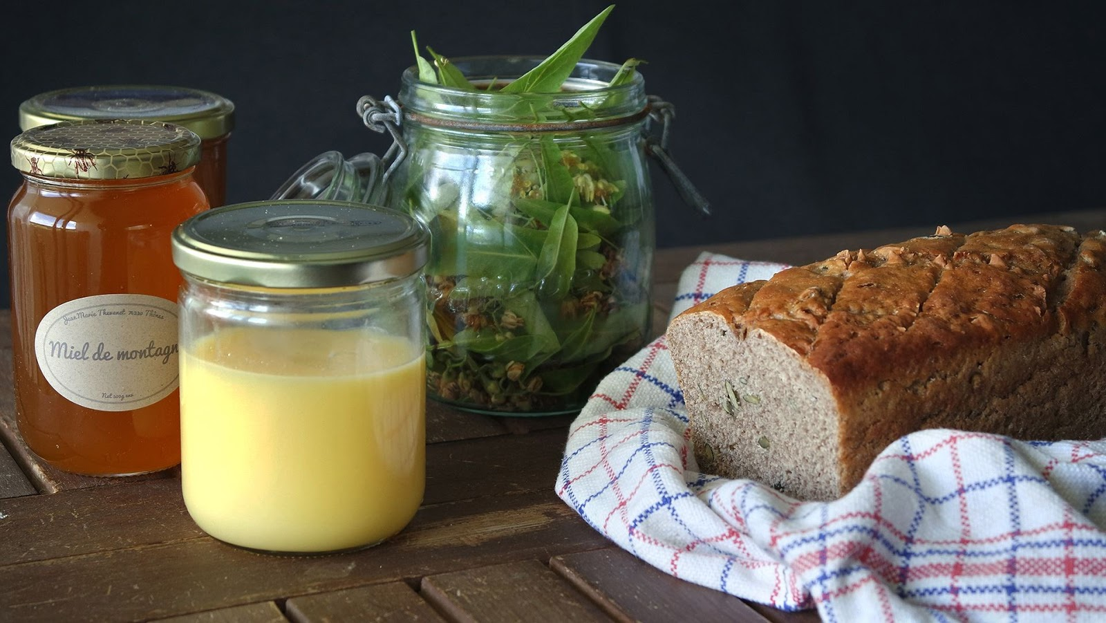 ghee, linden and homemade Bread