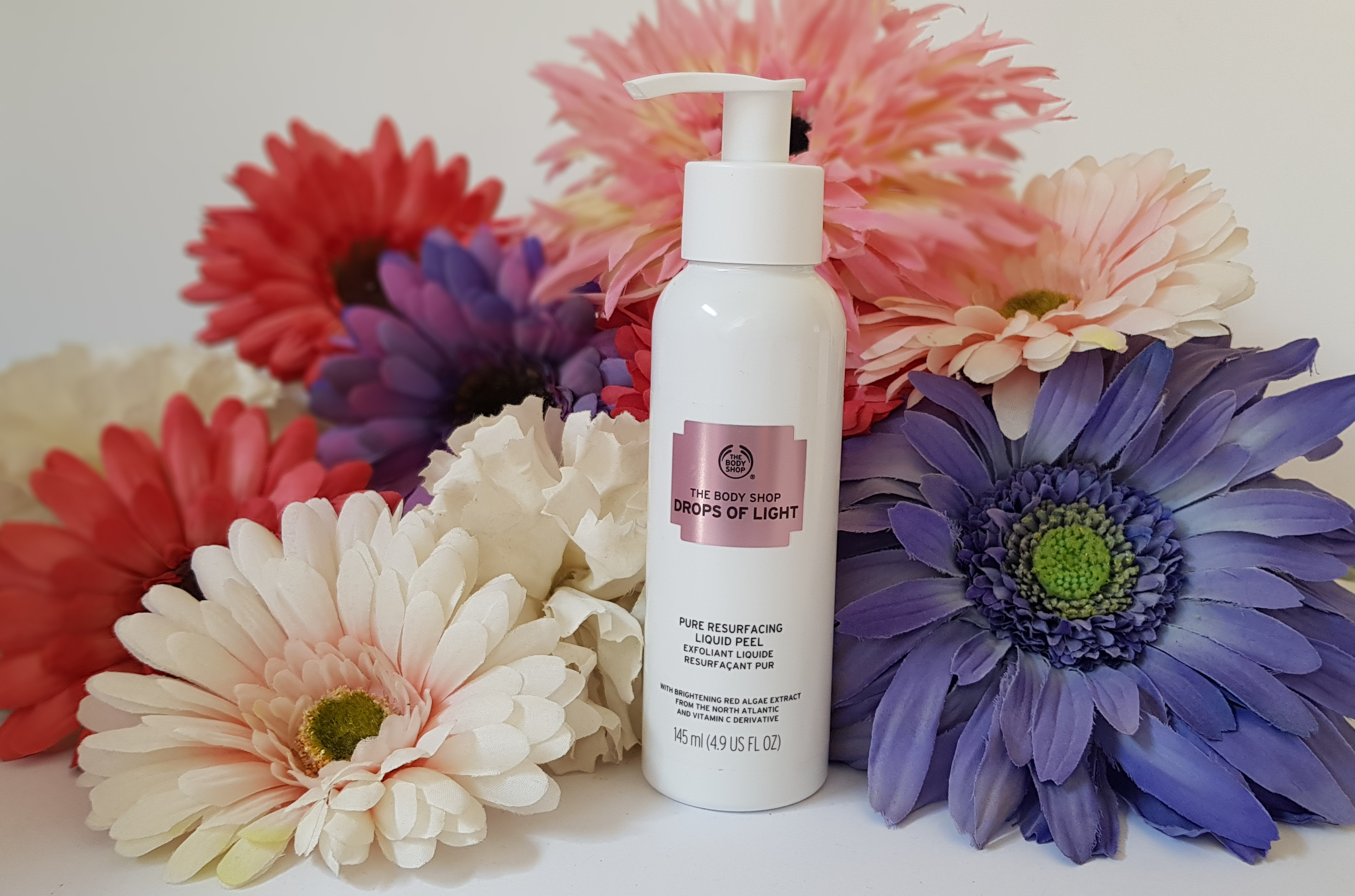 The Body Shop: Drops of Light Pure Resurfacing Liquid Peel Review