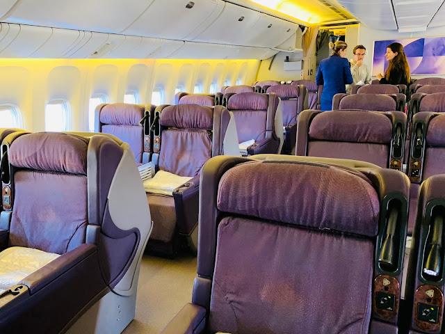 Review: LATAM LA841 Business Class Boeing 777-200 Santiago (SCL) to Easter Island - Isla de Pascua Airport (IPC)