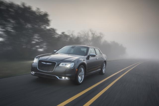 2020 Chrysler 300 Review