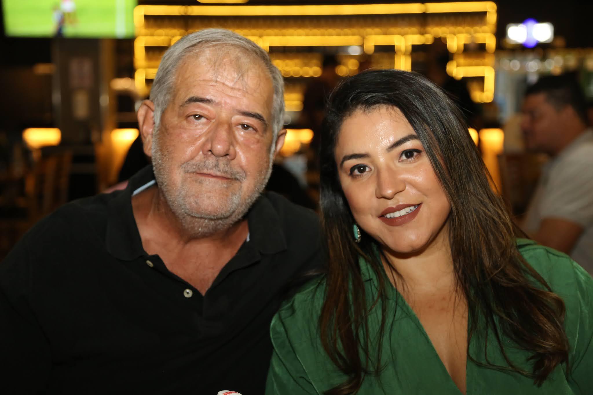 Honoris Causa em Brasília com programação musical eclética e promoções no happy hour