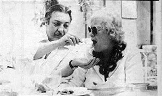الفنان رشدي أباظة رفضت والدتة زيارتة