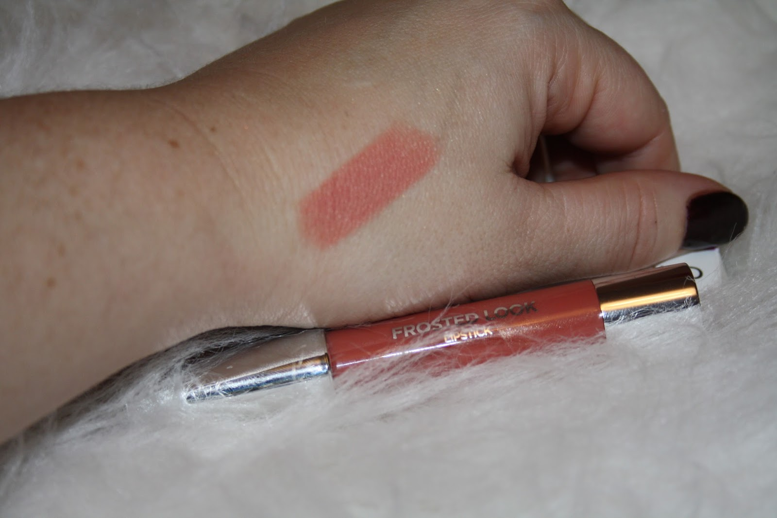 KIKO Frosted Look Lipstick Swatch