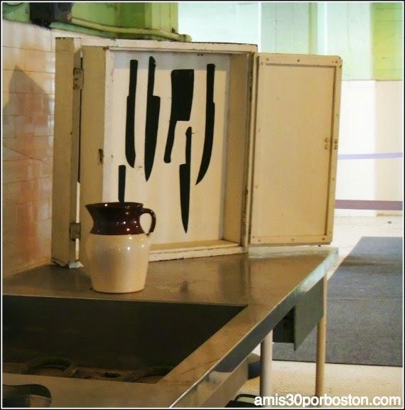 La Prisión de Alcatraz: Cuchillos en la Cocina