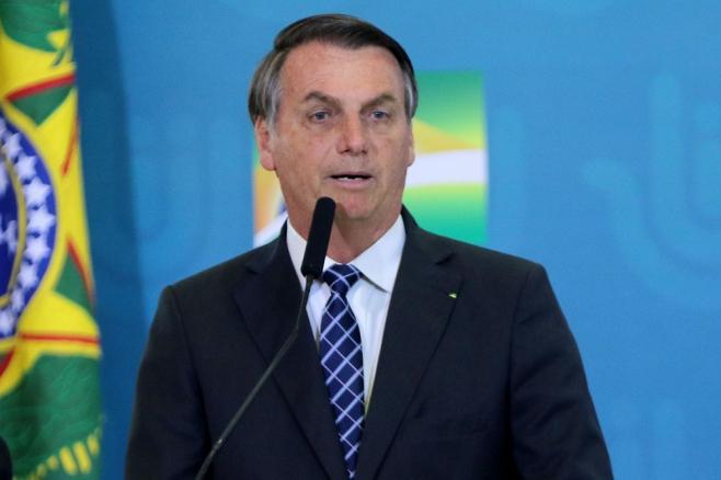 Bolsonaro vem a Mato Grosso conhecer índios que plantam soja preta