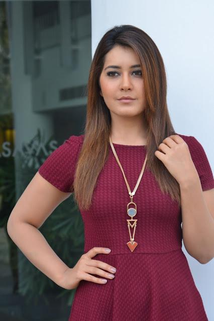 Actress Raashi Khanna Shows Hot Thighs in Dark Maroon Skirt Navel Queens