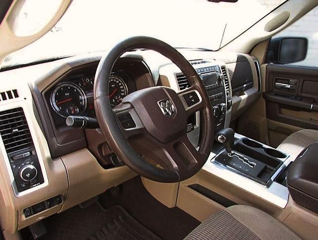 2010-dodge-ram-interior-pictures