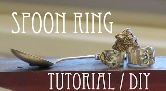 How do you make a spoon ring?