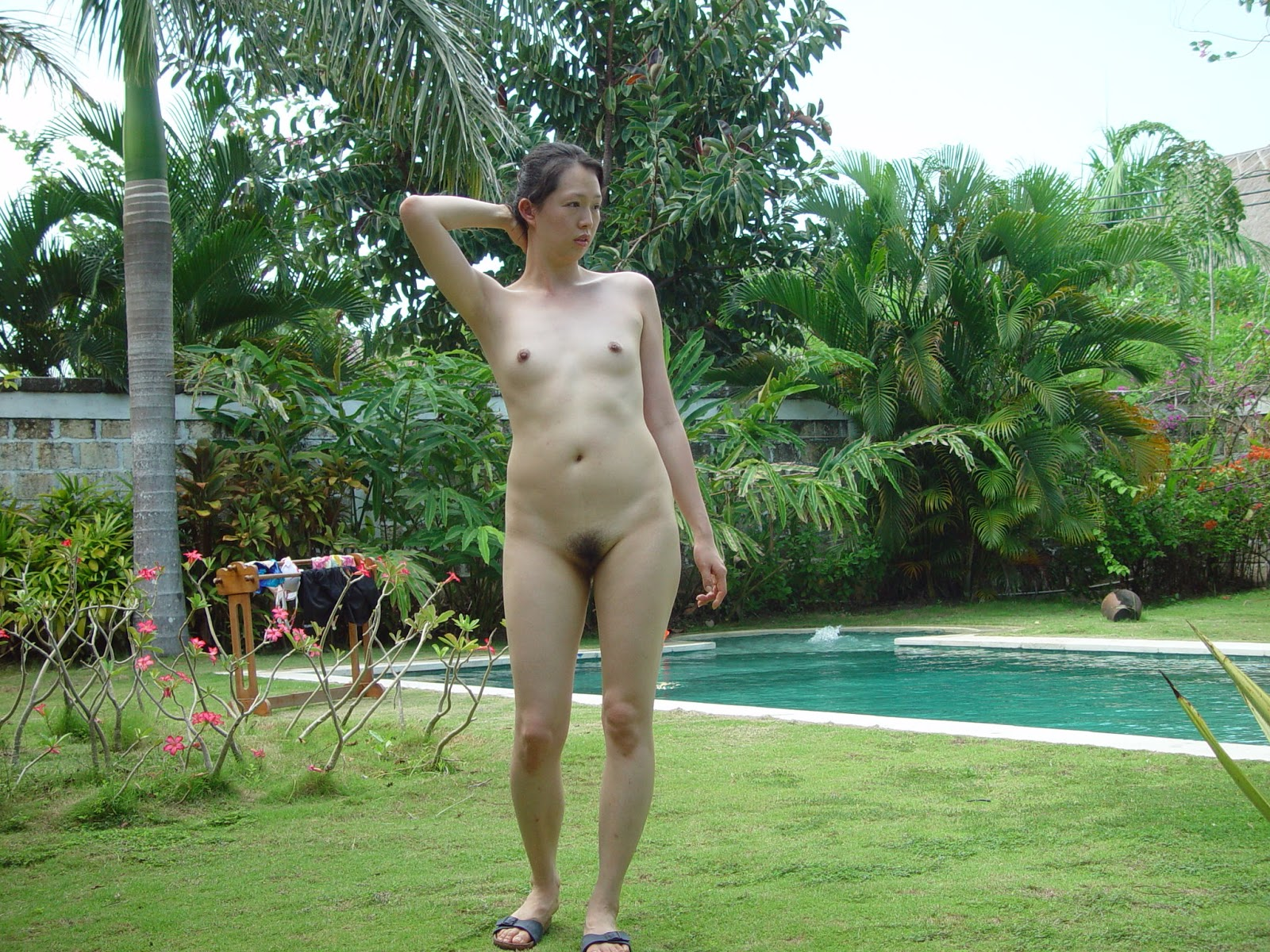 Beautiful & Lovely Korean wife's honeymoon outdoor nude ...