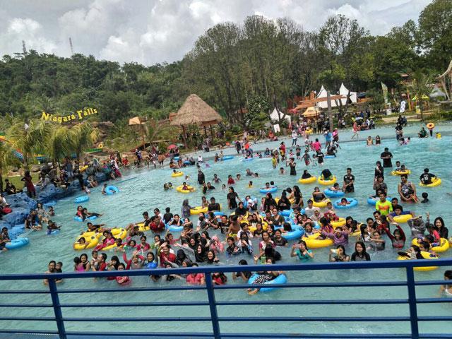 Santasea Water Park