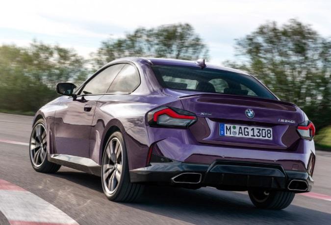 Desain belakang BMW seri 2