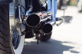 Mais uma moto barulhenta é aprendida pela Policia Militar em Toledo