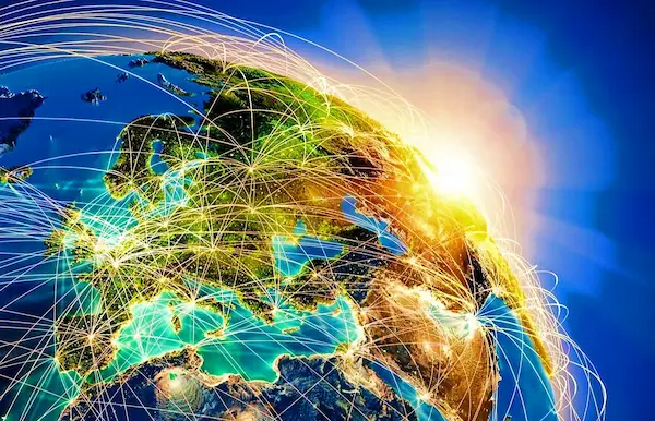 ما هو الإنترنت؟ وكيف يعمل؟ ومن يمتلكه؟