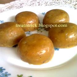 Lepat Pisang Recipe @ treatntrick.blogspot.com