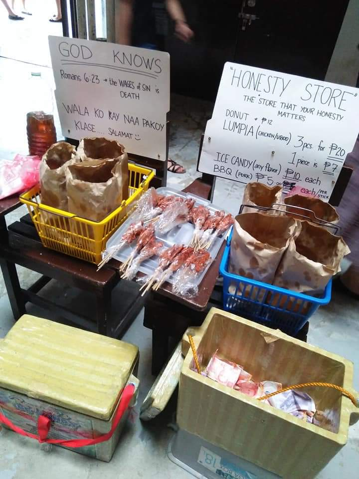 "student opens ""honesty store"" in USEP viral"