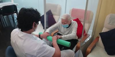 Usuaris i terapeuta a l'aviparc