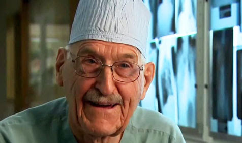 101-Year-Old Heart Surgeon Fueled by Veganism
