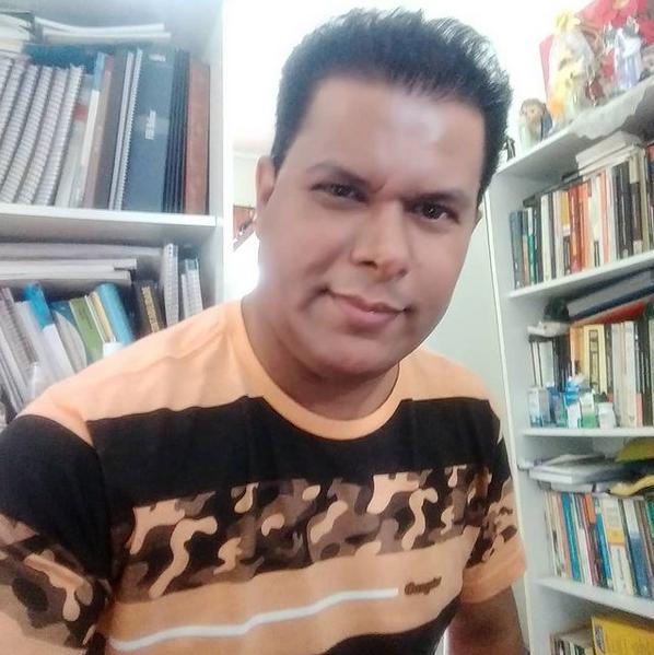 Matemático e  Professor Valdivino Sousa, lança novo Livro: Redução da Carga Tributária das Empresas de Forma Lícita