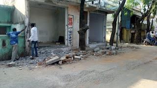 1 दिसंबर से संजय जलाशय मार्ग 40 फीट होगा, मकान मालिकों ने मकान तोड़ना किया शुरू