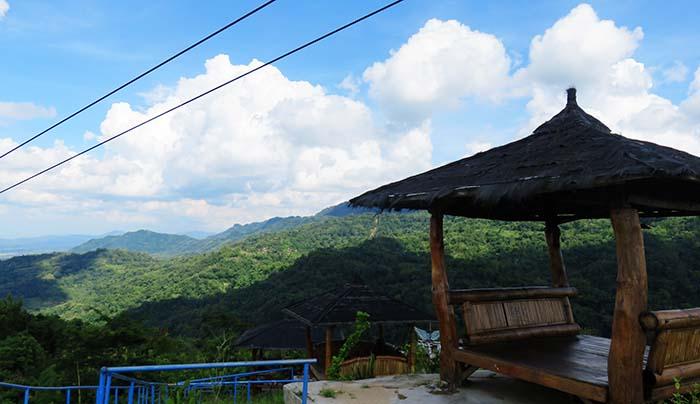 Gubug Istirahat di Green Village Gedangsari